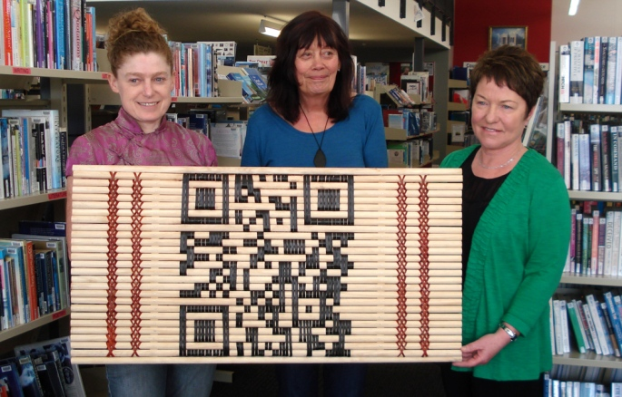 Pattern Recognition by Vicki Smith and Aroha Timoti integrated traditional tukutuku with QR coding